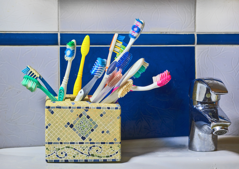 Diy Toothbrush Holder Ideas That Will Not Hurt Your Pocket